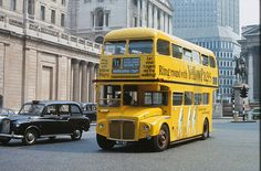 RM 971 (WLT 971). Passing the Bank of England in May, 1972