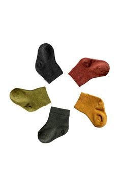 Our merino wool Nature socks are soft, strong and durable. Unlike cotton or synthetics, merino wool is an excellent insulator, keeping feet warm and cozy, while still remaining breathable Kids Socks, Baby Socks, Stay Warm, Warm And Cozy, Merino Wool Socks, Cotton Socks, Pilot Wife, Healthy Style