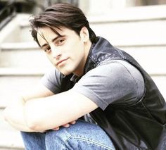 Matt LeBlanc in 1994 when the tv show friends started and he played the role of Joey Tribbiani #thatsbeauty