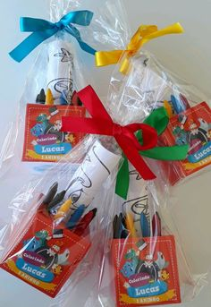 Party Gift Bags, Party Gifts, Birthday Giveaways For Kids, Paw Patrol Party Decorations, Ideas Para Fiestas, School Gifts, Unicorn Birthday, Gift Wrapping, Diy Crafts