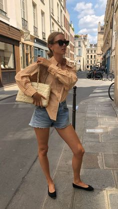 Spring Outfits Women Casual, Fall Fashion Outfits, Autumn Fashion, Summer Outfits, Cute Outfits, Classy Street Style, Parisian Chic Style, French Capsule Wardrobe, Fashion Brenda