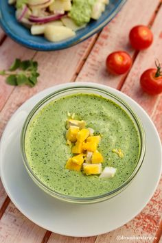 SOS VERDE | Diva in bucatarie Hummus, Cantaloupe, Cooking Recipes, Ethnic Recipes, Easter, Mariana, Diet, Green, Salads