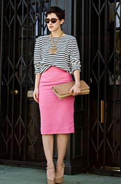 Love the pop of pink.