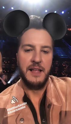 Best Country Singers, Country Artists, Country Songs, American Idol Judges, Country Lifestyle, Luke Bryan, Cool Countries, Funny Faces, Eminem