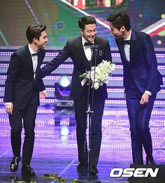 Jo In Sung Wins the Daesang at the 2014 APAN Star Awards | A Koala's Playground