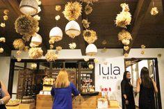 La diseñadora @lula_mena nos invita a conocer su nueva tienda ❤️😍 Encuentra más fotografías aquí  📲 facebook.com/TrendStudiofm/… Trend News, Ceiling Lights, Facebook, Home Decor, Getting To Know, Parts Of The Mass, Store, Decoration Home, Room Decor
