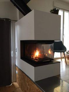 La vision de la flamme sous tous les angles. Richard Le Droff, Angles, Home Decor, Products, Woodwind Instrument, Decoration Home, Room Decor, Home Interior Design