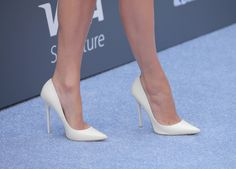 Japanese women wage war against sexist dress codes with movement, say no to high heels at workplace - firstpost Sexy High Heels, High Heels Stilettos, Work Heels, Stiletto Pumps, Formal Shoes, Dress Codes, Sexy Legs, Body, Summer Ponytail