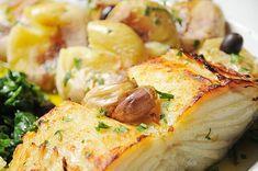 Cod Fish Recipes, Masterchef, Portuguese Recipes, Portuguese Food, Kefir, What To Cook, Baked Potato, Carne, Potato Salad