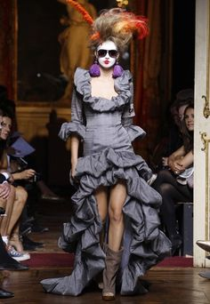 Paris Catwalk Reports S/S 2010: Vivienne Westwoods Plant Gaia collection