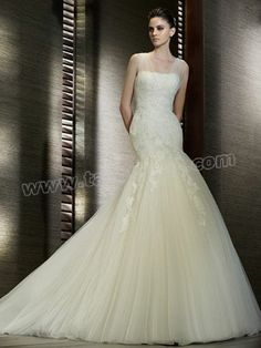 Mermaid Silhouette and Lace Fabric new Wedding Dress