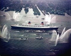 1962 Feb. 8th. Le France, at the time the world's longest passenger ship, arrives New York at the end of it's first transatlantic journey.