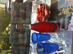 Jordbær og rød musserende vin :-)