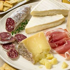 This website gives and overview of every kind of cheese, what it tastes like, where it comes from what to pair it with, includng the right food, wine and even beers! This sight even allows you to order unique cheeses online!