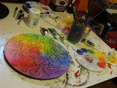 great tutorial for painting mandala designs on vinyl records!