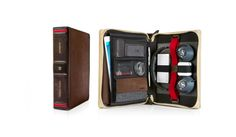 Twelve South has released a new leather case for all iPad models - BookBook Travel Journal. If you want a retro way to hold your iPad and other essentials, the Ipad Air, Travel Accessories, Computer Accessories, Gadgets, Leather Journal, Book Gifts, Apple Products, Mode Style, Iphone 4s