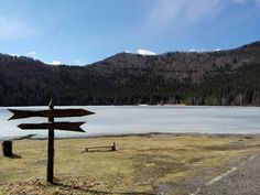 Lacul Sf. Ana inghetat Volcanic lake Sf. Ana frozen