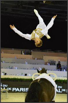 Voltige équestre Jacques Ferrari sur son cheval