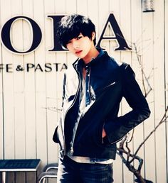 men's fashion #ulzzang #ulzzangboy #boy #cute #ulzzangboys #korean #fashion :3