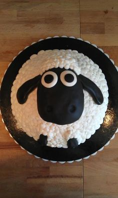Shaun the Sheep cake for my sister!