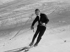 Fiat President, Giovanni Agnelli, looking stylish on the slopes of Sestriere
