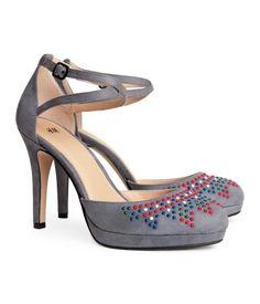 H&M faux suede ankle strap pumps with colorful studs H&m Fashion, Fashion Online, H&m Heels, Boogie Shoes, Pretty Shoes, Court Shoes, Toe Shoes, Clothes For Sale, Zapatos