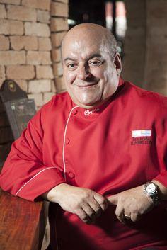 O chef uruguaio Luis Acuña, do El Pobre Luis na Argentina, prepara menu especial para o Rubaiyat Faria Lima