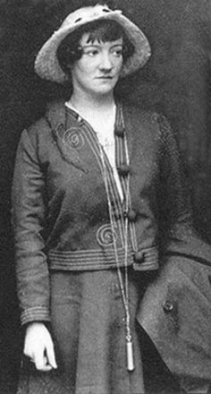 Grace Gifford married Joseph Plunkett and became a widow within a few hours.