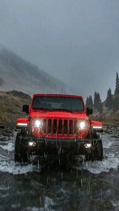 Jeep Wrangler Offroading In Water Iphone Wallpaper Free – GetintoPik Jeep Jl, Jeep Cars, Bmw Cars, My Dream Car, Dream Cars, Red Range Rover, Jeep Wallpaper, Screen Wallpaper, Wallpaper Quotes