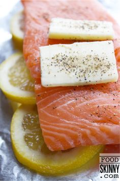 Really, it's that easy! Tin Foil Salmon - Enjoy a delicious tender lemon salmon baked in tin foil. | FoodSkinny.com