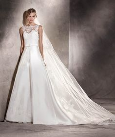 Pronovias, AITZIBER - Wedding Dresses at Jaehee Bridal Atelier