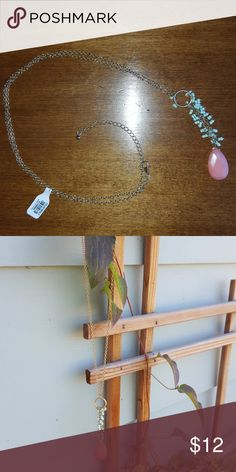 """Francesca stone pendant necklace NWT Francesca's """"circle shakes to stone pendant"""". Light green colored beads shimmer and shake from the circle to the faceted pink stone. 18"""" long with a 3 inch extender. Francesca's Collections Jewelry Necklaces"""