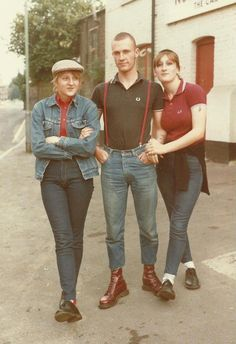 Well dressed trio. I love it when a girl rocks a scally cap.