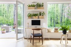 Ako si vybudovať zdravý domov - INCON s.r.o. Zen Home Office, Home Office Decor, Home Decor, Office Table, Office Ideas, Peaceful Home, Inviting Home, Office With Computers, Zen Design