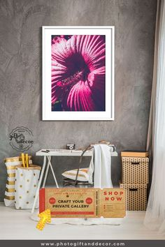 Red Hibiscus Flower - Fine Art Photography - Photo Gift and Decor Luxury Home Accessories, Ideas Cafe, Hawaian Party, Hibiscus Flowers, Exotic Flowers, Restaurants, Girl Room, Man Room, Office Decor