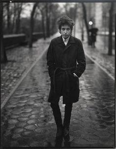 Richard Avedon. Bob Dylan, singer, New York. February 10, 1965