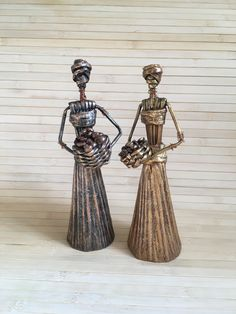 ITEM DESCRIPTION Tribal art African home decor Painted female 10 inch figure ethnic style Fetish statue weaving from paper Africa lover gift idea ready. The figurine is ready to ship. Made of Love, Paper, Wicker. Figure height with basket approximate 10 i African Women, African Art, African Style, African Figurines, African Dolls, African Home Decor, Paper Weaving, Newspaper Crafts, Modern Sculpture