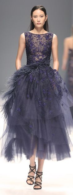 We Couture, f/w Beauty And Fashion, Look Fashion, High Fashion, Fashion Design, Beautiful Gowns, Beautiful Outfits, Couture Fashion, Runway Fashion, Looks Party
