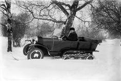 Citroënin lumiauto (snowmobile) vuodelta 1924. Kuva: Helsingin kaupunginmuseo / Eric Sundström.