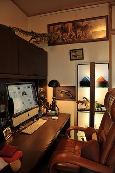 Man cave office by Yasuhiko Ito, via Flickr
