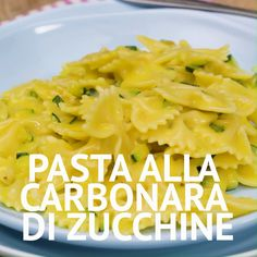 Zucchini carbonara pasta - ZUCCHINE CARBONARA PASTA is an original and tasty first course, a variation of the more classic carb - Pasta Carbonara, Zucchini Carbonara, Easy Cooking, Cooking Recipes, Pasta Con Broccoli, Vegetarian Recipes, Healthy Recipes, Baked Fish, Best Dinner Recipes