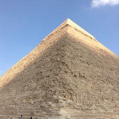Cairo-pyramid