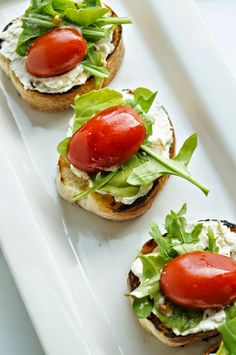Herbed Ricotta Crostini with Marinated Tomatoes and Arugula