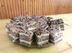 , Krispie Treats, Rice Krispies, Torte Cake, Salty Snacks, Food And Drink, Sweets, Recipes, Sweet Pastries, Goodies