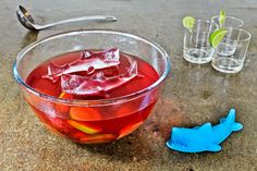 3D Shark Ice : Make monster ice cubes