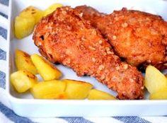 KFC rántott csirkecomb recept: Rántott csirke (alsó) comb, kicsit másképpen elkészítve. Több fűszerrel, zabpehellyel, és ha elkészült szinte teljesen olyan lesz mint a KFC-ben kapható ropogós külsejű, olmlós csirkecomb. ;) Meat Recipes, Chicken Recipes, Cooking Recipes, Kfc, Honey Sauce, Hungarian Recipes, Tandoori Chicken, Main Dishes, Bacon