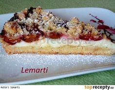 Švestkový drobenkový koláč s pudinkem