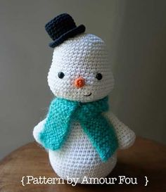 Download Toto's snowman amigurumi pattern - AmigurumiPatterns.net