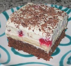 Himbeer – Schoko – Schnitten Raspberry – chocolate – cuts, a tasty recipe from the category of cakes. Raspberry Recipes, Blueberry Desserts, Lemon Desserts, Healthy Desserts, Easy Desserts, Italian Cookie Recipes, Italian Desserts, Baking Recipes, Cake Recipes