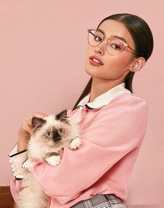 Most Beautiful Faces, Beautiful Asian Girls, Liza Soberano Photoshoot, Creative Shot For Graduation, Liza Soberano Instagram, Lisa Soberano, Filipina Beauty, Graduation Photoshoot, Female Character Inspiration